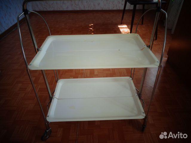 Столик сервировочный на колесиках