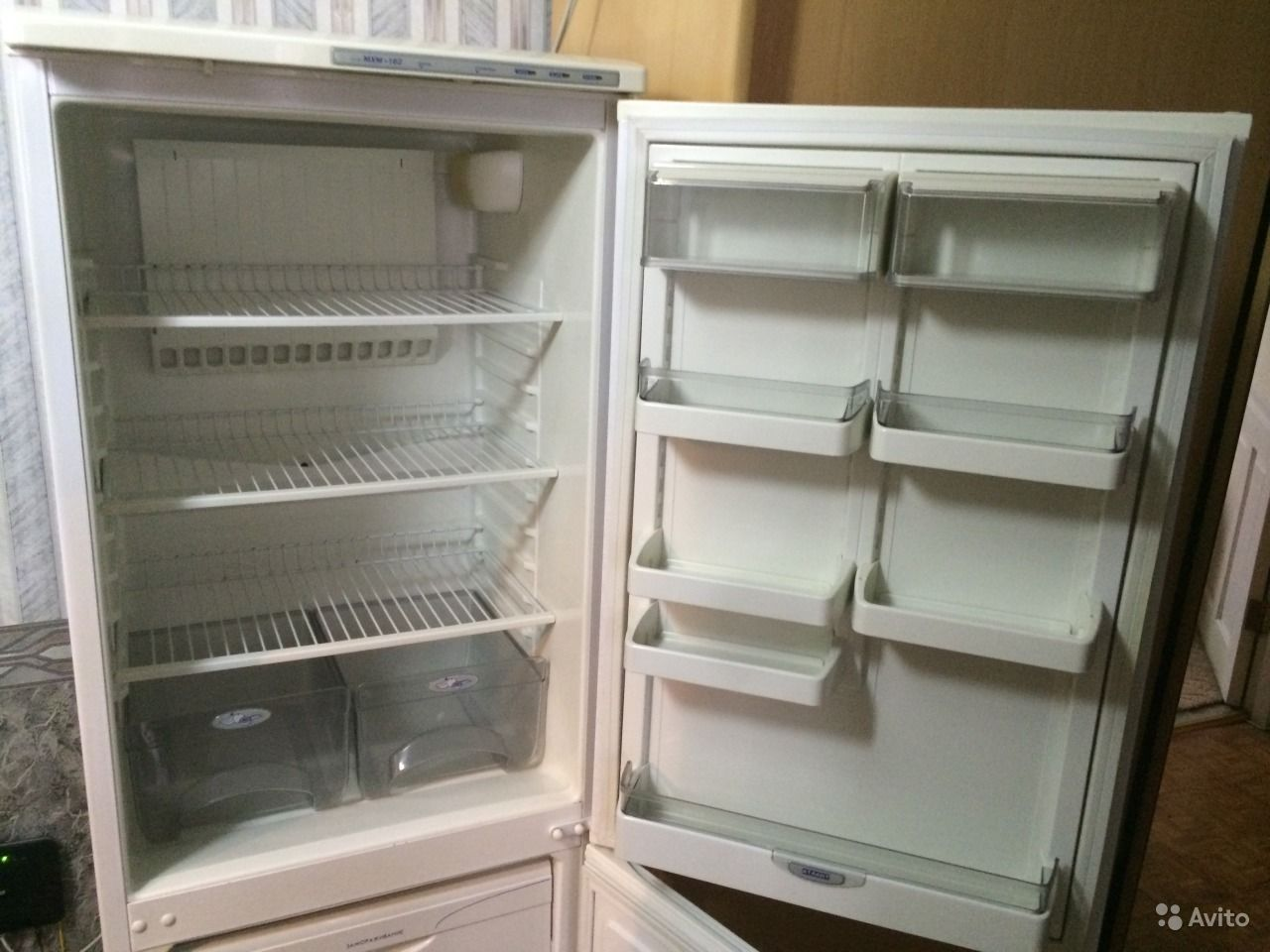 Холодильник атлант 162