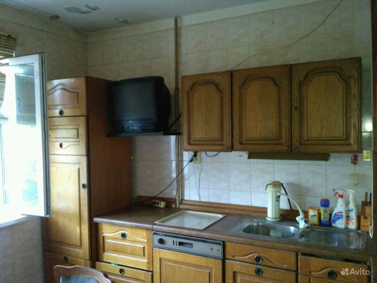 Продам 2-комнатную квартиру в городе Курск, на улице Ольшанского улица, дом 26 а, 5-этаж 9-этажного Панельный дома, площадь: 50/32/9 м2