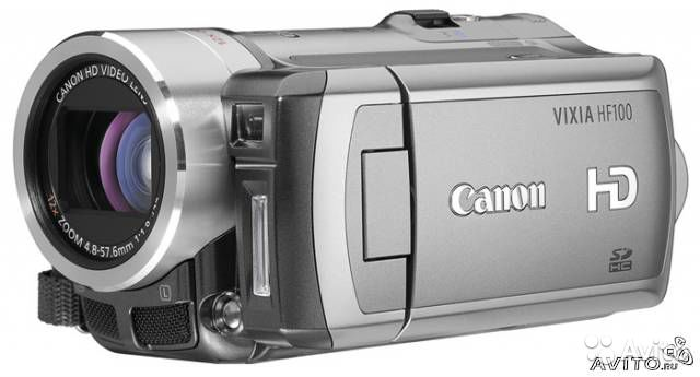 Canon HF100 Full HD видеокамера с flash