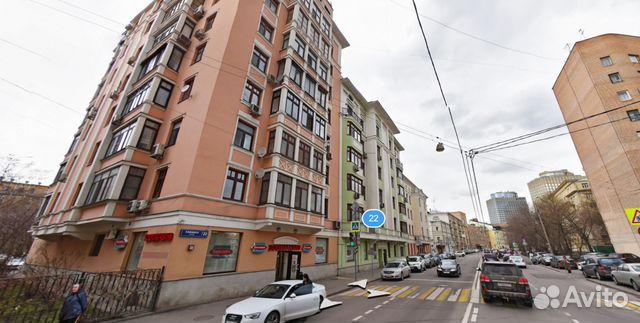 Продается четырехкомнатная квартира за 57 000 000 рублей. Москва, улица Плющиха, 22.