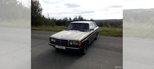 Mercedes-Benz W123, 1982