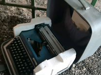 Пишущая (печатная) машинка Erica