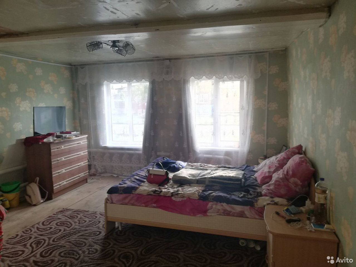 House of 50 m2 on the plot 8 hundred.  89043056582 buy 10