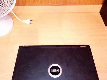 Продаю ноутбук MSI VR330X
