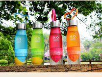 Спортивная бутылка H2O Drink с соковыжималкой