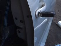 Дверь Фольсваген поло передняя правая, серебро