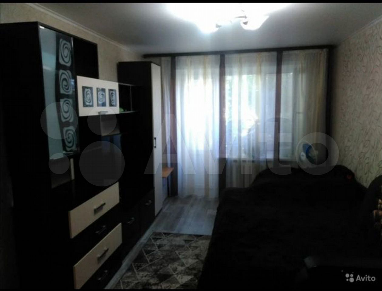1-room apartment, 30 m2, 4/5 floor.  89964759424 buy 2